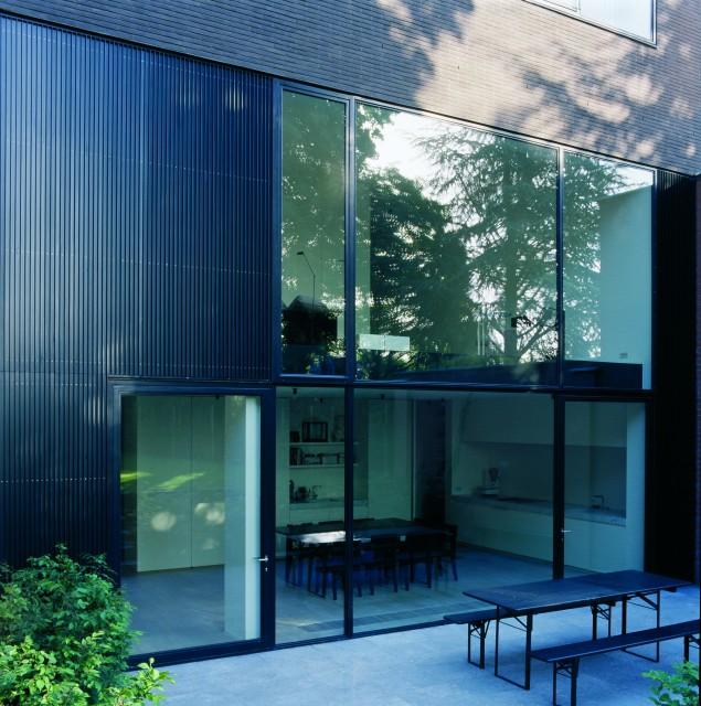 Residence VDE - Kortrijk - in collaboration with Vincent Van Duysen & Stephanie Laperre - Photography: Koen Van Damme